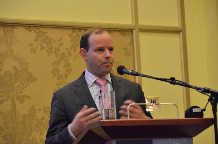 Michiel Schuijt talking about risk management